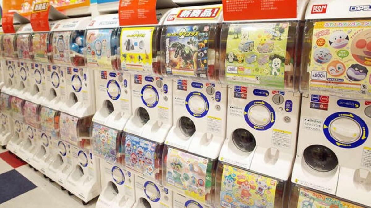 Gashapon lands in Spain - The famous Japanese vending machines reach many stores