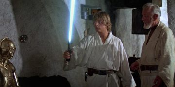 "Mark Hamill talks about ""Luke's sloppy lightsaber meme"" in the first Star Wars"