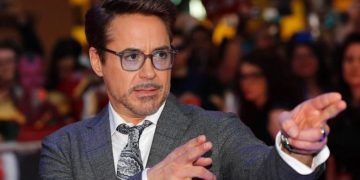 Robert Downey Jr. wins Nickleodeon's Favorite Children's Actor award with an outcome no one expected