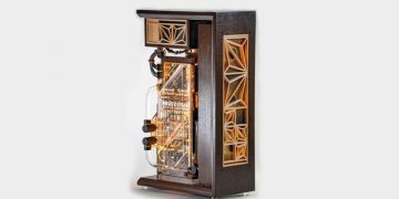 Take a look at this amazing PC made of wood, winner of the Cooler Master award