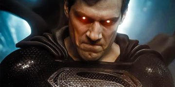 The imposing statue of Superman arrives in Zack Snyder's Justice League