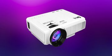 This HD projector is sweeping Amazon: 240 inches, FullHD and screen included for only 62 euros