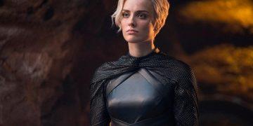 Wallis Day to play Kate Kane in Batwoman season 2, replacing Ruby Rose