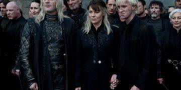 Jason Isaacs and Tom Felton (Lucius and Draco Malfoy) say goodbye to Helen McCrory (Narcissa Malfoy)