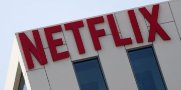 Netflix bets on its Spanish production with the construction of more sets