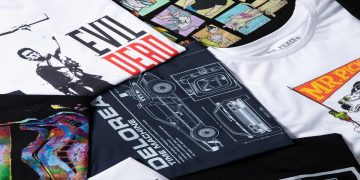 Renew your wardrobe with this pack of geek t-shirts: 10 different random models for only € 32.99
