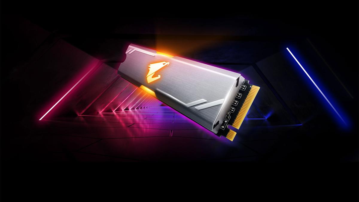 This Gigabyte SSD is perfect if you have a gaming PC: it reaches 2,000 MB / s and Amazon has lowered it to 75 euros