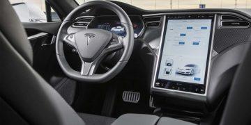 Fallecidos accidente Tesla Model S sin conductor