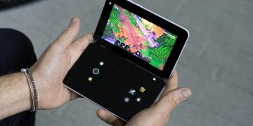 Surface Duo with xCloud becomes a Portable Xbox in the spirit of Nintendo DS (but with Gears 5)