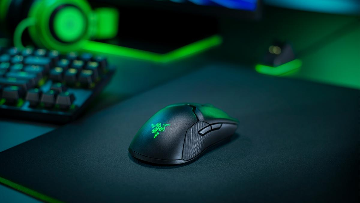 The Razer Viper Ultimate gaming mouse is one of the best you can buy, and it is reduced to only 99 euros