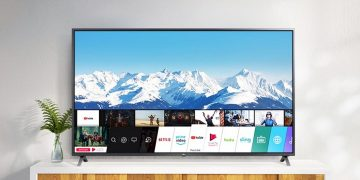 """This 65 """"Smart TV has 4K, Artificial Intelligence, Quad Core processor and Ultra Surround sound and costs only 649 euros"""