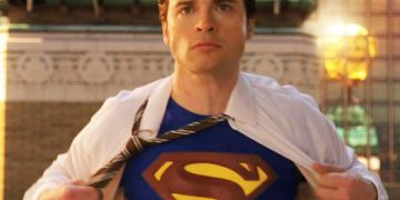 Tom Welling would love to play Superman again in a movie with Robert Pattinson's Batman
