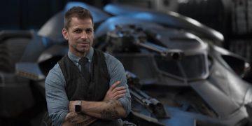 "Zack Snyder is hopeful the Snyderverse will continue, despite Warner's ""anti-Snyder"" stance"