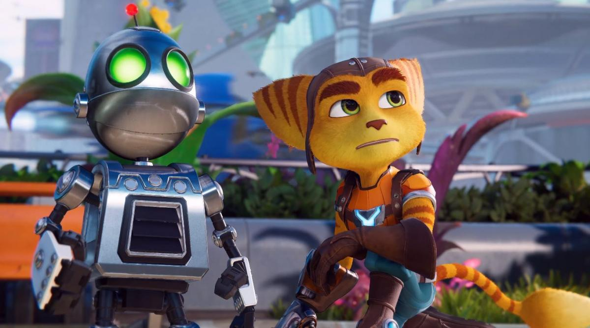 A Ratchet & Clank fan creates an impressive life-size Clank replica, and explains how it was made