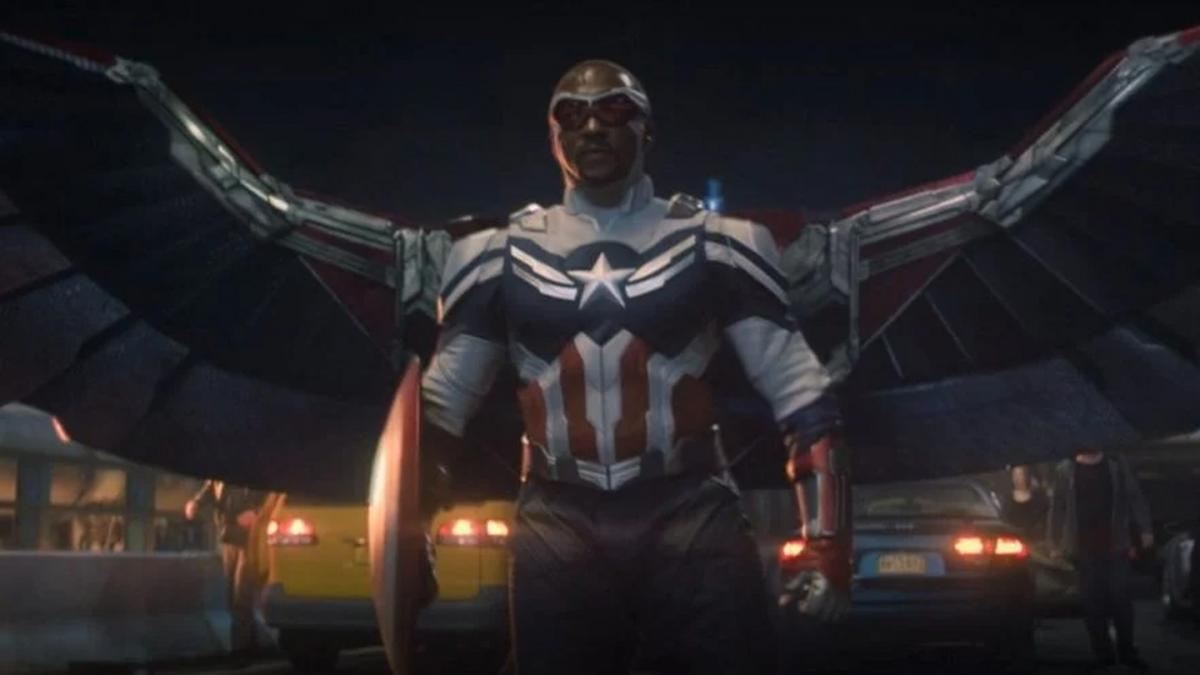 A fan of Falcon and Winter Soldier recreates the wings of Sam Wilson's suit with some ingenuity