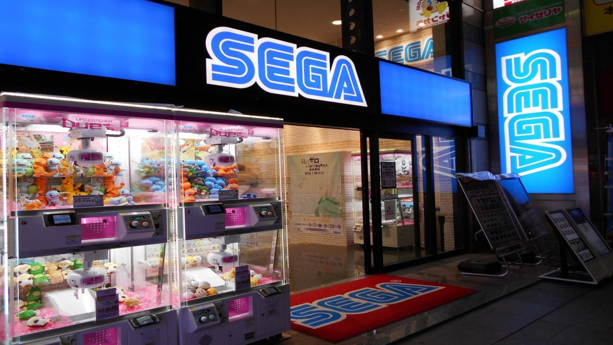 Accident in a Sega arcade in Japan: a car crashes in one of the rooms, without regretting injuries