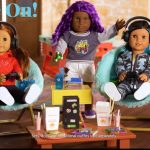 The gamer doll with Xbox accessories exists and comes with its mini Series X, headphones and Game Pass subscription